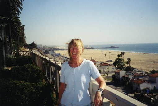 2002-03-02 2 Rosie by Santa Monica Pier, California
