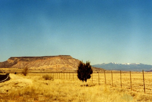 2002-02-12 2 Flat topped hill near Laguna, New Mexico