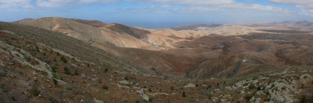 2014-02-07_1257 Panorama looking west from Mirador Moro Velosa, Fuerteventura